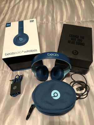 Beats solo 3 Wireless for Sale in Sanger, CA