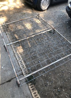 Free metal grate or frame for Sale in Antioch, CA