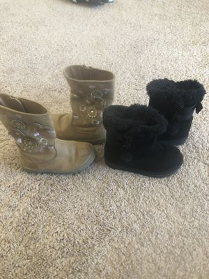 Toddler girls boots size 6 for Sale in Dayton, NV