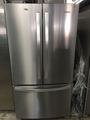 Whirlpool French door stainless steel refrigerator with ice maker on bottom for Sale in Torrance, CA