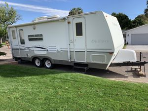 2005 Keystone RV Outback 25 RSS. for Sale in Phoenix, AZ