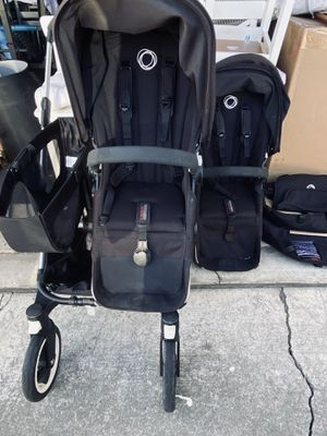 Bugaboo Donkey w/ two toddler seats for Sale in Milpitas, CA