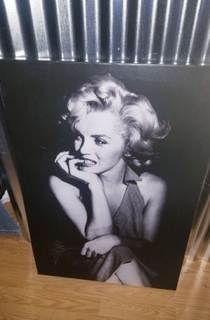 Marilyn monroe canvas picture..size 3ftx2ft..Like New for Sale in Modesto, CA