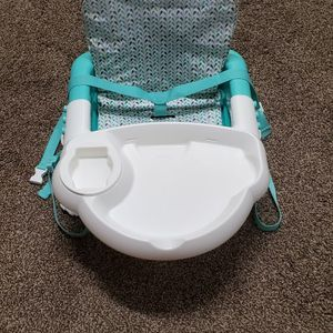 Baby Feeding Seat/chair for Sale in Lockport, NY