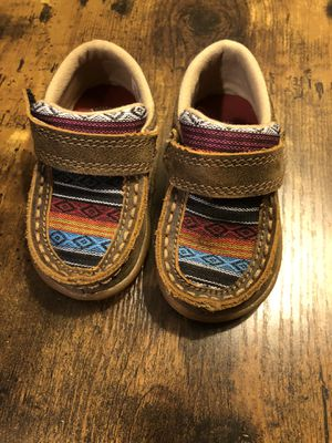 Twisted X Casual Sneaker (Infants/Toddlers') COLOR Bomber/Multi Serape Leather/Canvas size 4M for Sale in Ontario, CA
