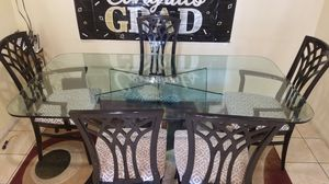 Glass Dining Room Table for Sale in St. Petersburg, FL