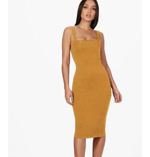 Clothes (mustard yellow fitted dress) for Sale in Harrisburg, PA