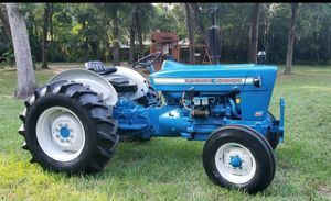 Ford Tractor for Sale in Riverview, FL