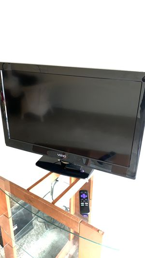 Vizio 32 inch tv for Sale in Beaverton, OR