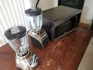 two blenders and one microwave for Sale in Alexandria, VA