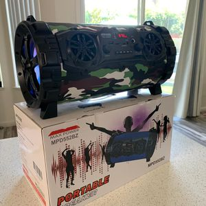 Bluetooth speaker new for Sale in Las Vegas, NV