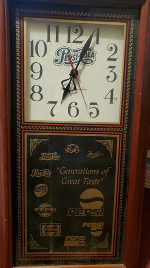 Very old pepsi clock that works great for mam caves for Sale in Columbus, OH