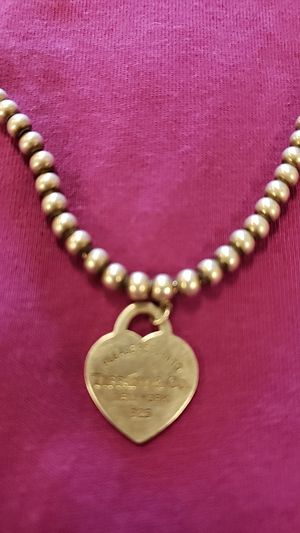 Tiffany & Co. Necklace 16in for Sale in Las Vegas, NV