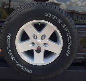 5 2017 Jeep Wrangler Wheels for Sale in Miami, FL