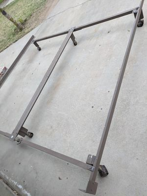 CAL KING METAL BED FRAME for Sale in Fresno, CA