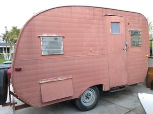 Vintage Camping trailer for Sale in Covina, CA