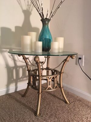 Corner table for Sale in Herndon, VA