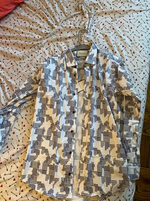 Gucci shirt for Sale in Laurel, MD