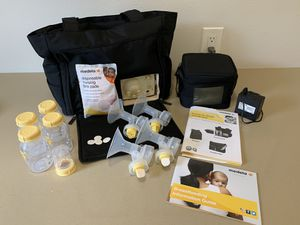 Medela Breast Pump with Bag. for Sale in Snohomish, WA