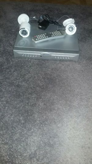 Dvr 4 channels witch 2 cameras for Sale in Santa Ana, CA