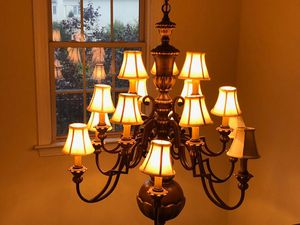 14 light large chandelier for Sale in Aspen Hill, MD