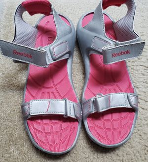 Reebok sport sandals 9 for Sale in Centreville, VA