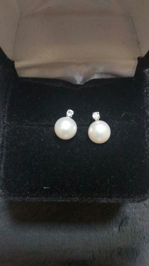 Diamond and pearl earrings for Sale in Austin, TX