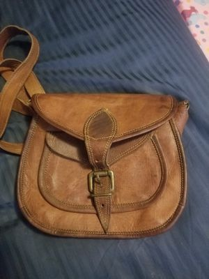 Women's Leather Vintage Messenger Crossbody Bag for Sale in Whittier, CA