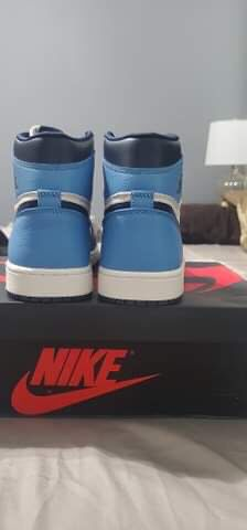 Jordan obsidian 1s sz 9.5 for Sale in Poinciana, FL