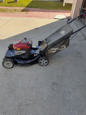Craftsman 22 in self propelled for Sale in Davenport, FL