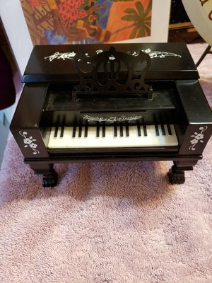 Muffy Vanderbear Portrait in Black & White Piano Music Box for Sale in Willow Spring, NC