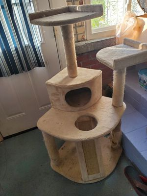 Scratch post for Sale in Norfolk, VA