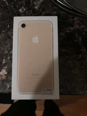 iPhone 7rose gold 32gb for Sale in Cleveland, OH