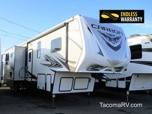 2019 Keystone RV Carbon 403 - Fifth Wheel Toy Hauler for Sale in Tacoma, WA