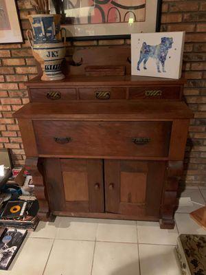 ANTIQUE 1800'S TIGER OAK DRESSER for Sale in Oakland Park, FL