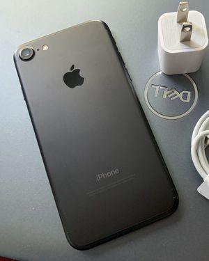 iPhone 7, 128GB with accessories - excellent condition, factory unlocked, clean IMEI for Sale in Springfield, VA