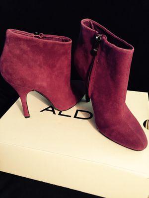 ALDO Woman's Boots Size 7 Purple for Sale in Downers Grove, IL