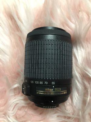 Nikon 55-200 mm lenses for Sale in Los Angeles, CA