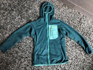Patagonia women's reversible fleece layering jacket for Sale in Maple Valley, WA