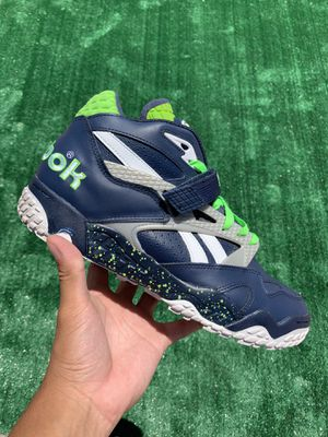 "REEBOK THE PUMP PAYDIRT MID ""SEAHAWKS"" (Size 10, Men's) for Sale in Buckeye, AZ"