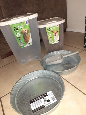 Dog food containers with bowls and Scooper for Sale in Tarpon Springs, FL