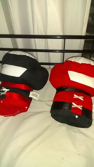 Boxing gloves (with special sound) for Sale in Chicago, IL