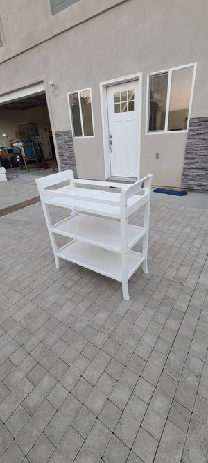 Diaper changing table / storage for Sale in Los Angeles, CA