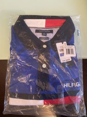 Tommy Hilfiger Polo Shirt size XL for Sale in Miami, FL