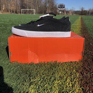 Nike SB Zoom Bruin Low Sz 9 Black White Gum AQ7941-001 Men's Skate Shoes for Sale in Philadelphia, PA