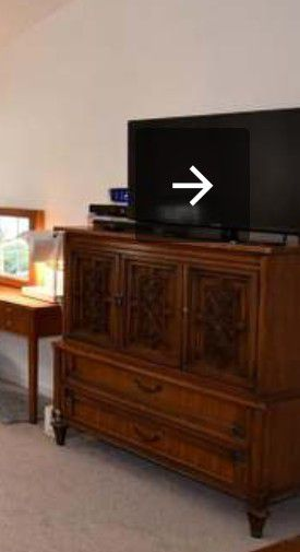 Tv cabinet for Sale in Gaithersburg, MD