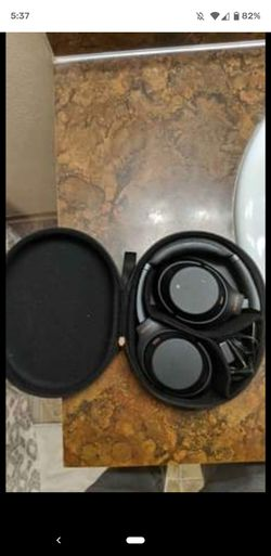 Sony wh-1000xm4 Bluetooth Headphones for Sale in Issaquah,  WA