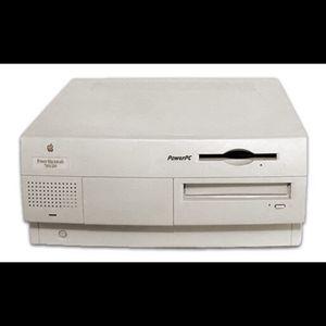 Vintage Apple Macintosh (PowerPC) 7300/200 desktop computer in good working condition for Sale in Lutz, FL