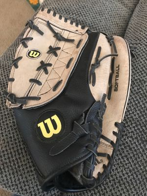 Wilson A360 softball glove for Sale in Marysville, OH