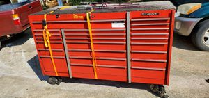 18 inches snap on tools box for Sale in Norcross, GA